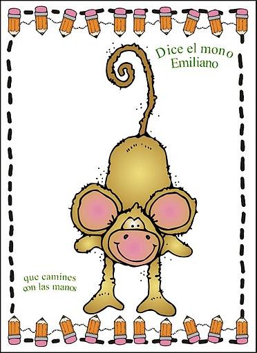 Jugar a imitar a los animales mono