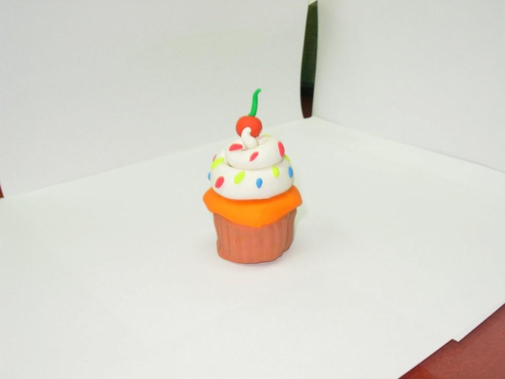 Manualidades con plastilina tarta pastel